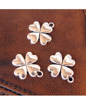 Clover Charm Silver 17mm x 20mm